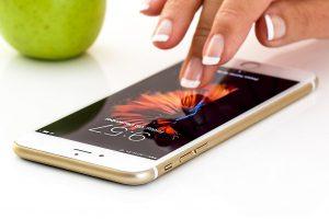 smartphone, cellphone, touchscreen-1894723.jpg
